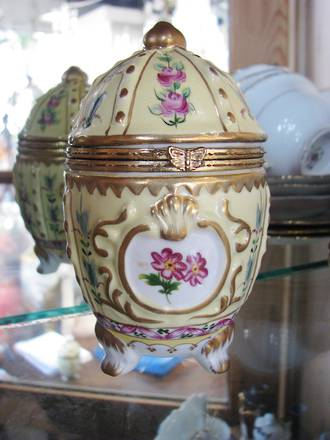 Antique French Hand Painted Porcelain Egg Shaped Trinket Box $75