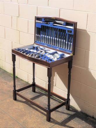 Walker and Hall Canteen - 12 Place Setting + Extra's - Laurel Pattern $1500