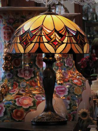 Large Tiffany Style Table Lamp - Handmade - One of a Kind