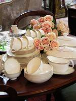 Royal Doulton White & Gold Porcelain Dinner Service - 53 pieces - 6 Place Setting