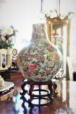 Vintage Chinese Famille Rose Porcelain Bottle Vase