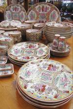 Huge Cantonese Porcelain Famille Rose Dinner Service 120 pieces - MINT SOLD