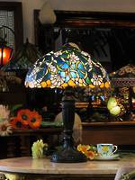 Art Nouveau Tiffany Style Lead-Light Lamp